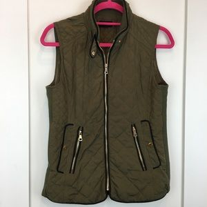 Fate   Rowen Quilted Vest Olive w/ Black & Gold
